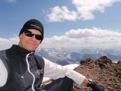 Old School WB - self portrait on summit of Mt. Willingdon