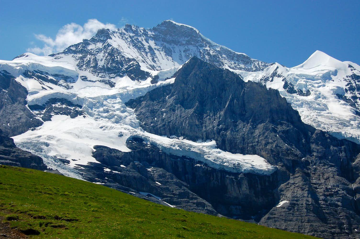Jungfrau from Kleine Scheidegg : Photos, Diagrams & Topos