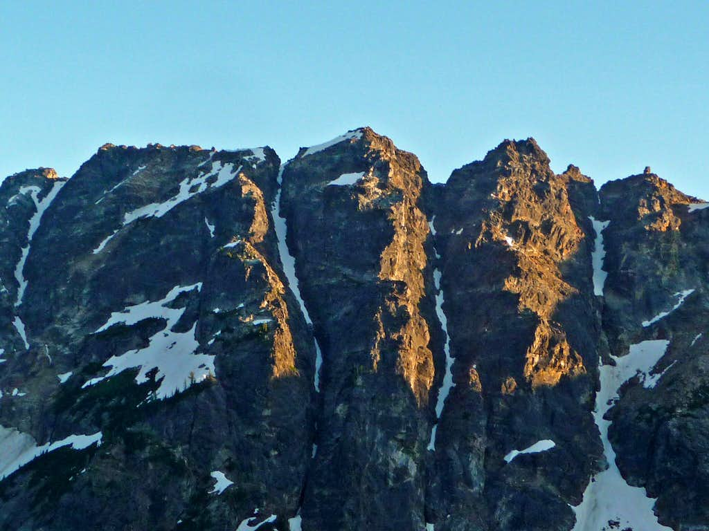 Alpenglow on the Ridge of Fortress
