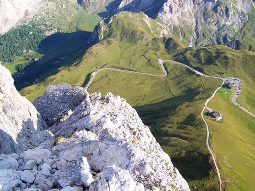Ra Gusela - Depth under the peak