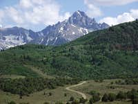 Mount Sneffels towers over the Ridge