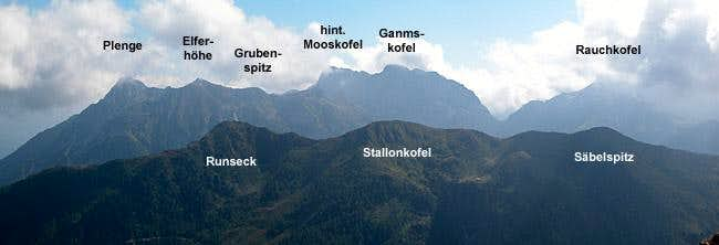 Looking over the Stallonkofel...