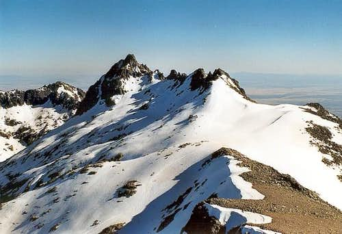 From the summit of La Galana...