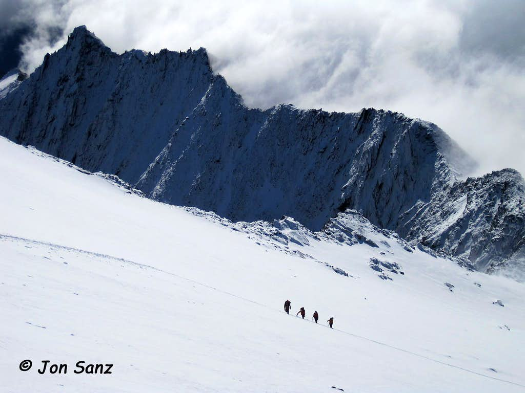 Climbers on the way to the Weissmies