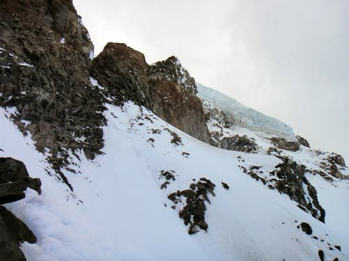 The final traverse before the rock chimney on Ptarmigan Ridge