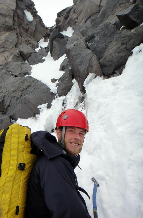Preparing to lead the rock chimney on Ptarmigan Ridge