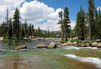 Tuolumne River north of Pothole Dome