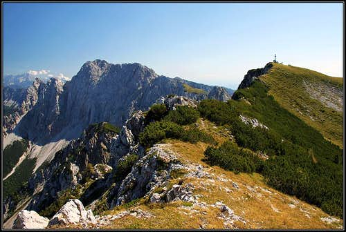 The summit of Kosiak/Kozjak from its NW fore-summit
