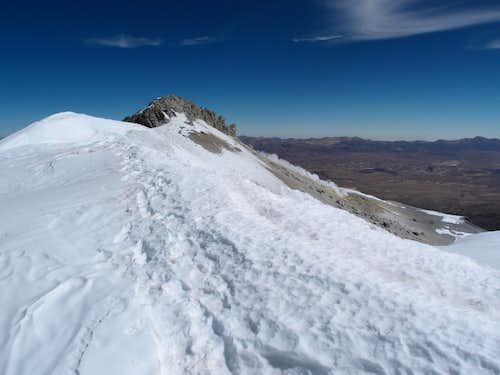 Guallatiri\'s east summit ridge
