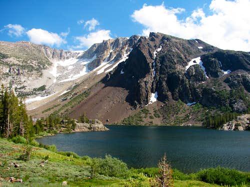 Ridge southeast of Ellery Lake