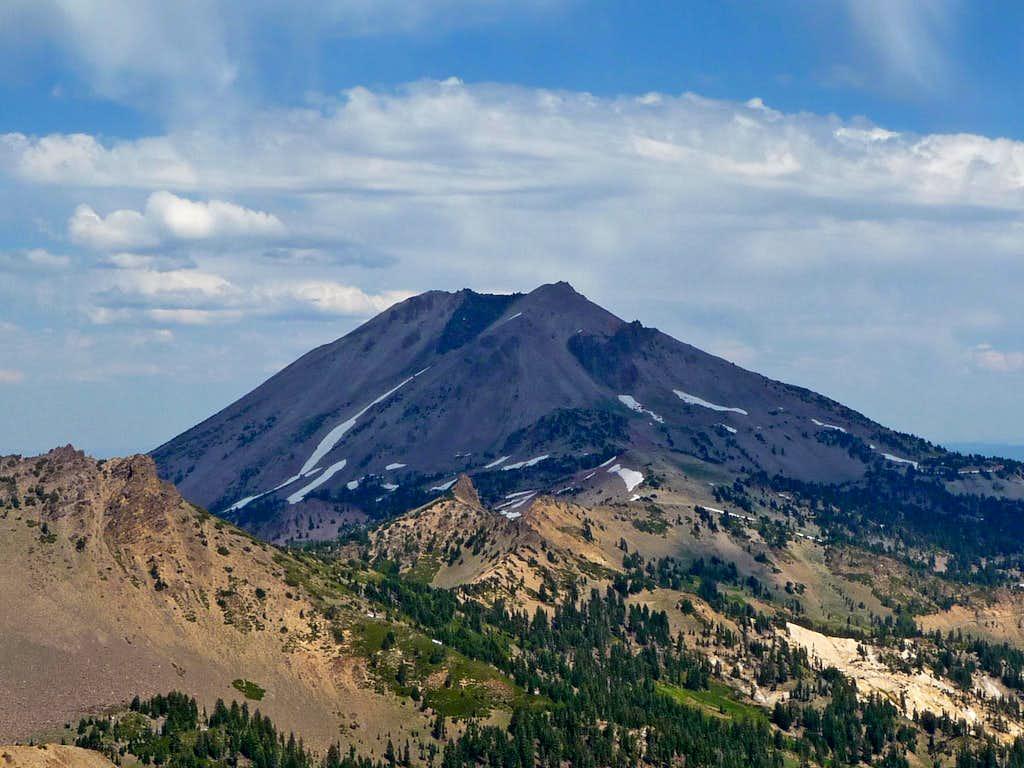Contrast over Lassen Peak