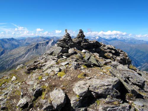 The summit of Grauleitenspitze (2893m)