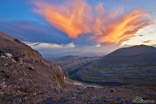 Around the Lost Mountain. Postcards from Ordesa & Perdido