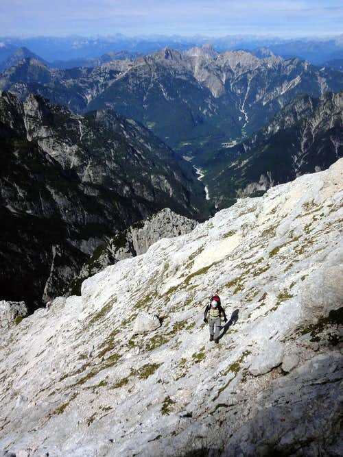Clapadorie gorge below