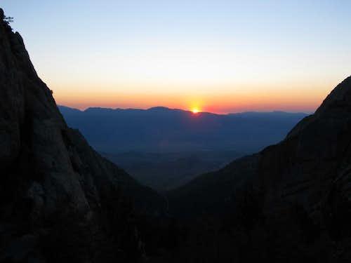 Sunrise just before the ledges