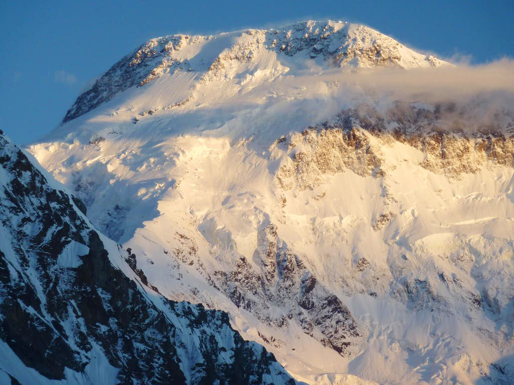Pobeda Peak (Jengish Chokusu) - 7439 m