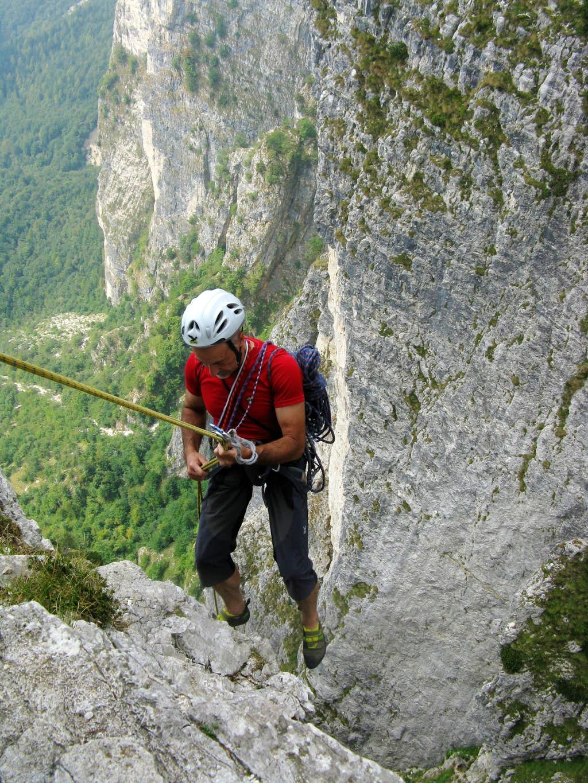 Campanile di Val Fontana d'Oro second abseil