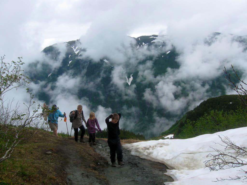 Approaching Gold Ridge
