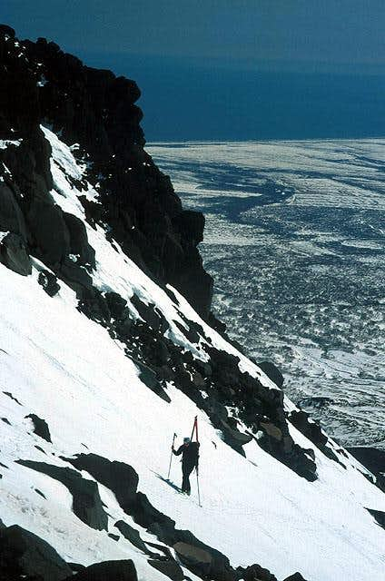 Climbing Kozelskij volcano in...
