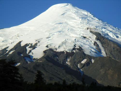Osorno's glacier, full of crevasses !