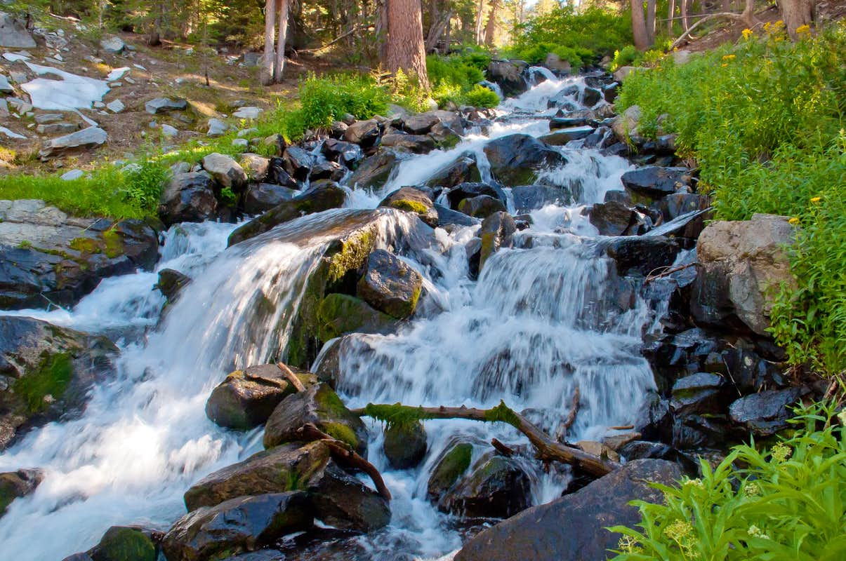 Beautiful Stream : Photos, Diagrams amp; Topos : SummitPost