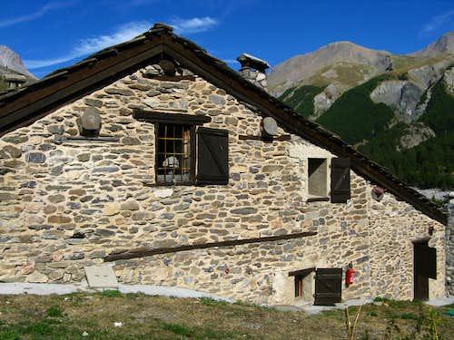 Maljasset village