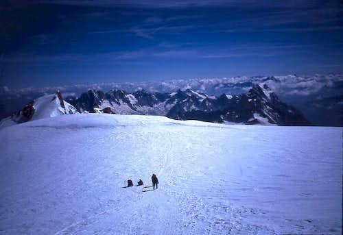 The plateau between Mont...