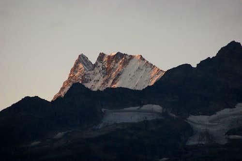 Finsteraarhorn at sunrise