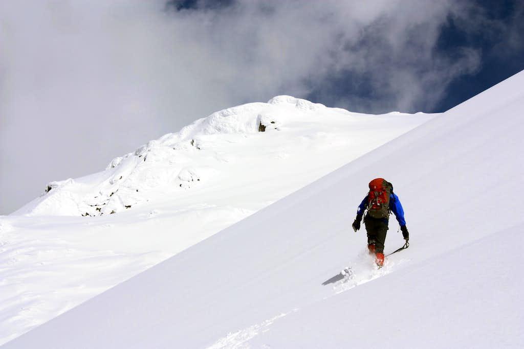 Going up to Tszil Mountain