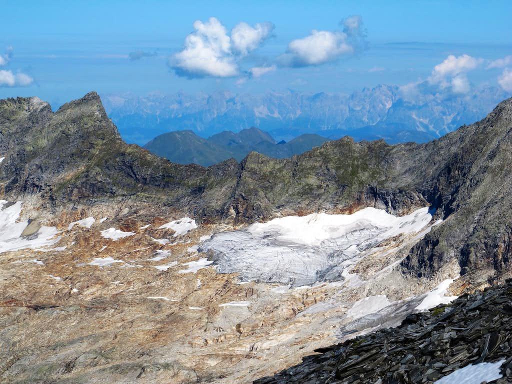 Looking towards the Tennengebirge range behind the Tischler group