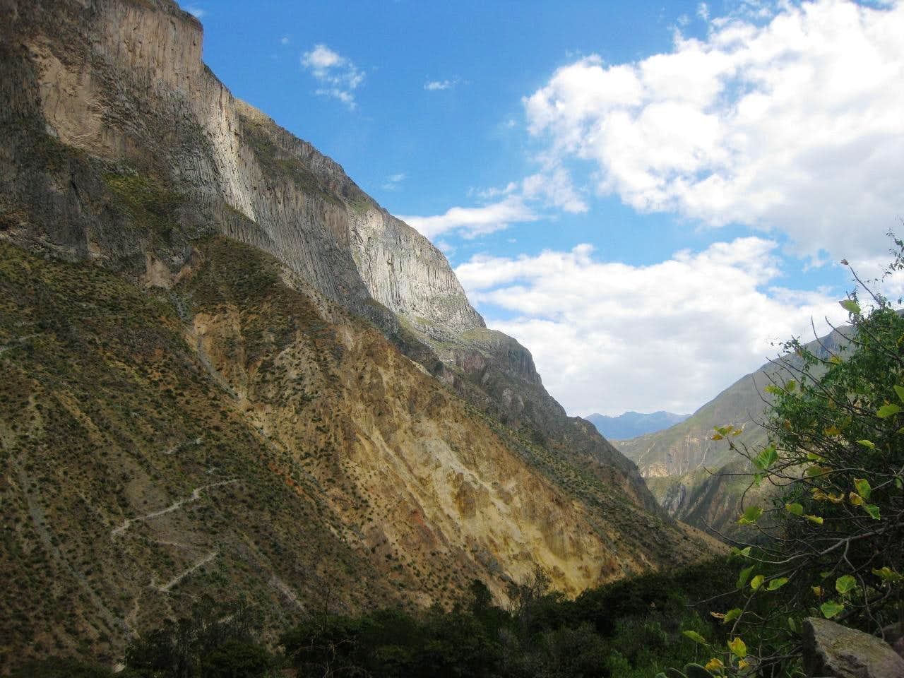 Hiking in Colca Canyon