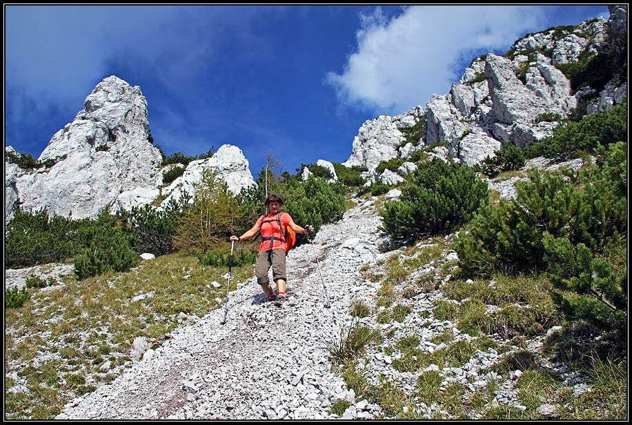 Descending from Cuel dei Pez
