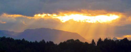 Sun Beams over Mount Zekes