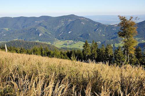 Ridge Hohe Wand from Mt. Katharinenschlag
