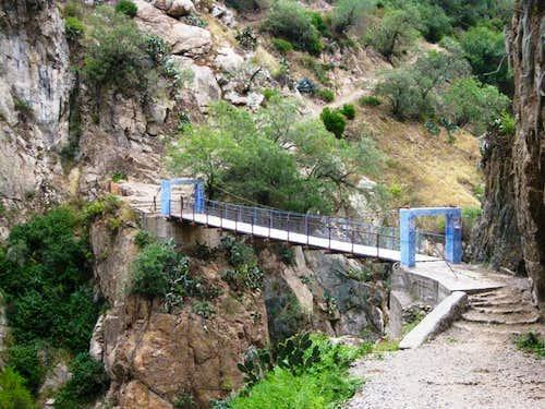 Bridge over Rio Colca near the Oasis