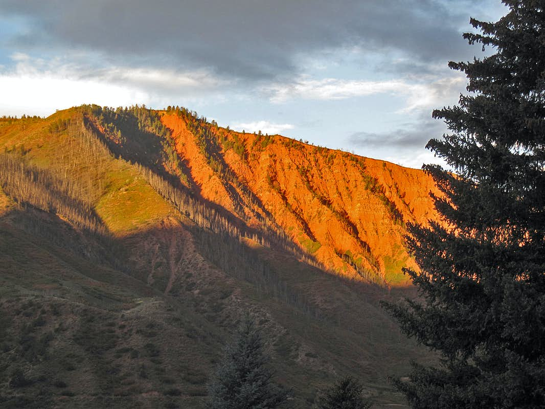 Red Mountain (Garfield County)