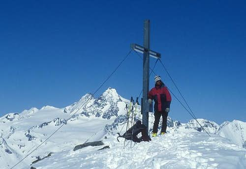 summit cross on Boeses...
