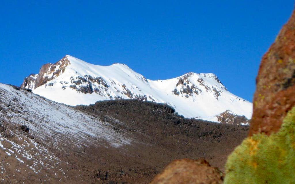 Nevado Huarancante from the west, high in Quebrada Achacullo