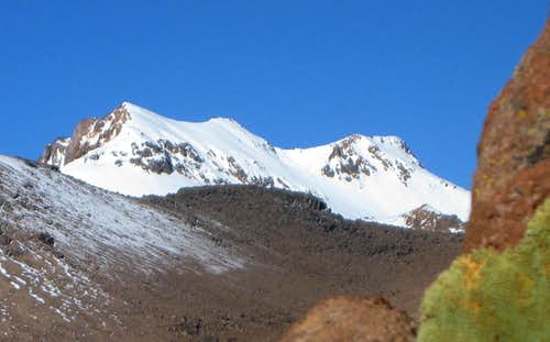Nevado Huarancante from the west, high in Quebrada Achacullo