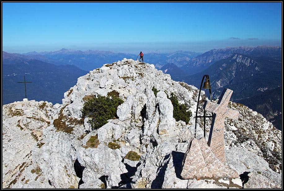 Summiting Becco di Filadonna