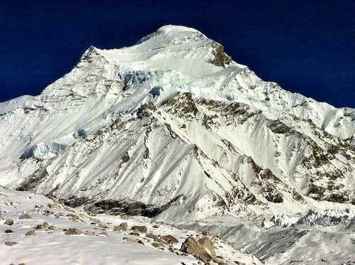 Tragedy above the clouds in Tibet - Mt Cho Oyu