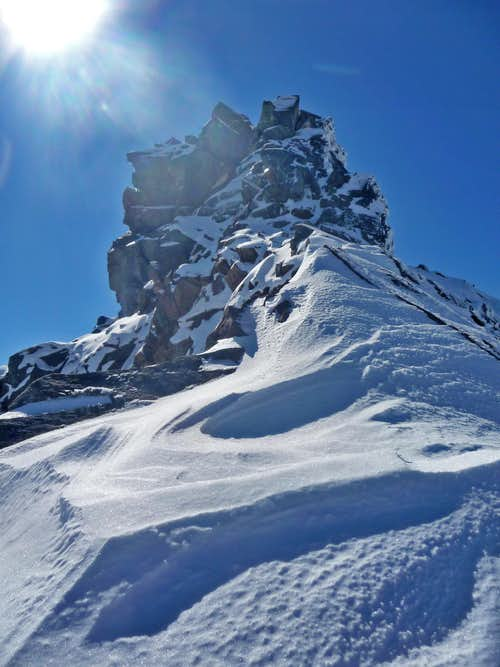 Sahale\'s Summit Block