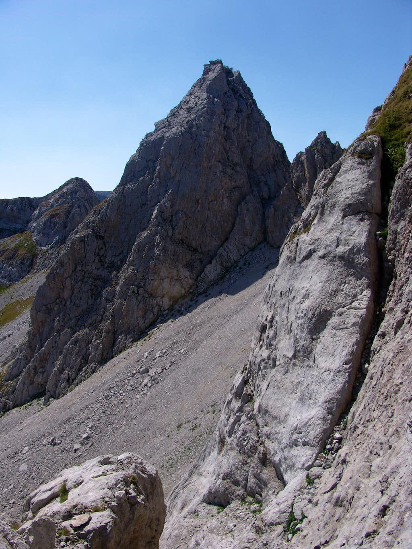 Southern rocks of Maja Shkurt