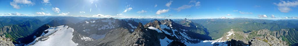 Summit Panorama of Kyes Peak