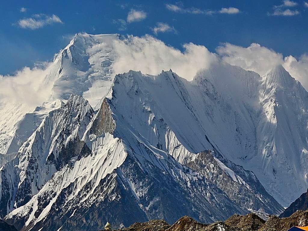 Chogolisa (7654 m),