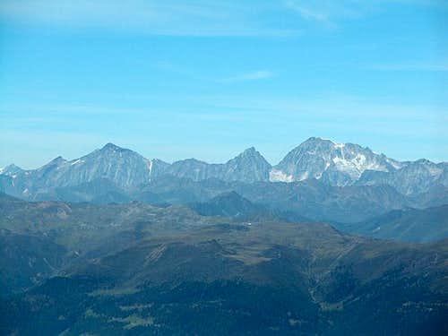Summit View Kleine Kinigat:...
