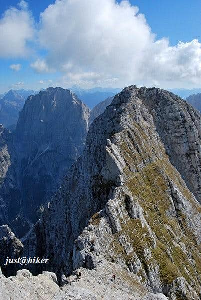 Montaz (2.754m) ridge