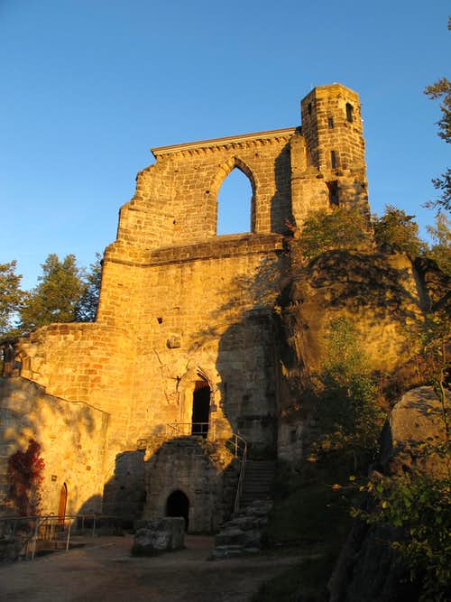Part of the medieval castle on Mount Oybin