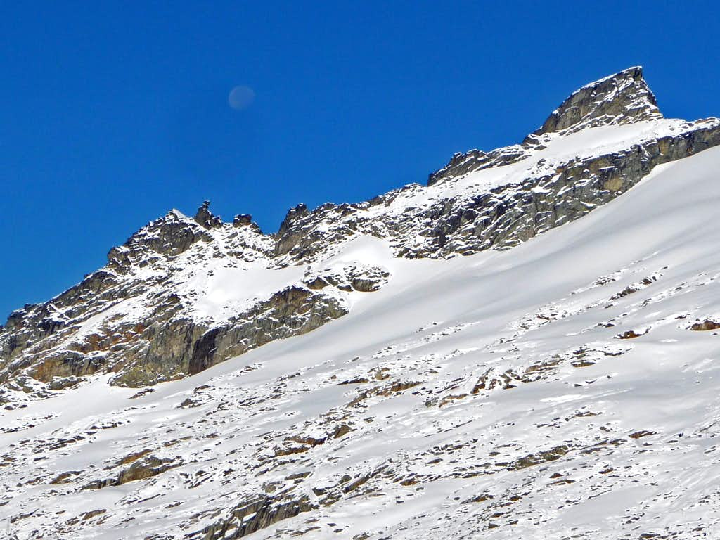Eldorado Peak with the Moon