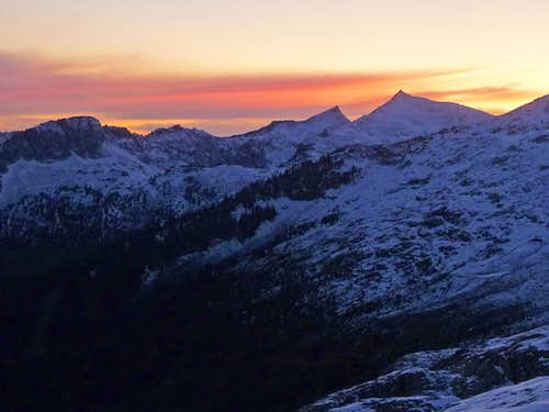Sunset over Hidden Lake Peaks